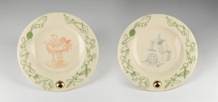 Borden voor de winnaars van de Johannes van Damprijs en de Joop Witteveenprijs, ontworpen door Joost Swarte.
